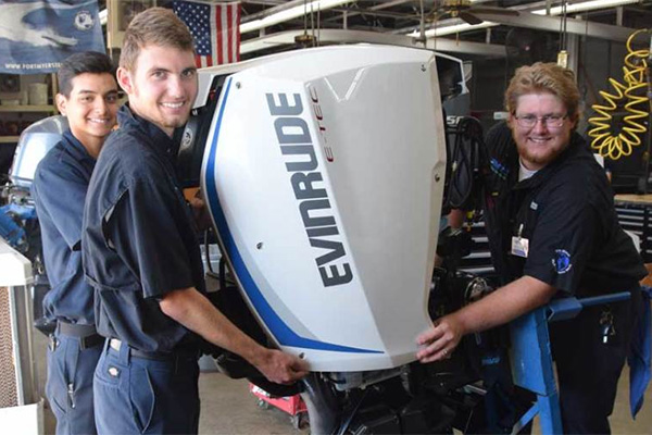 Evinrude Donates 21 Outboard Engines To Schools Throughout Us And Canada